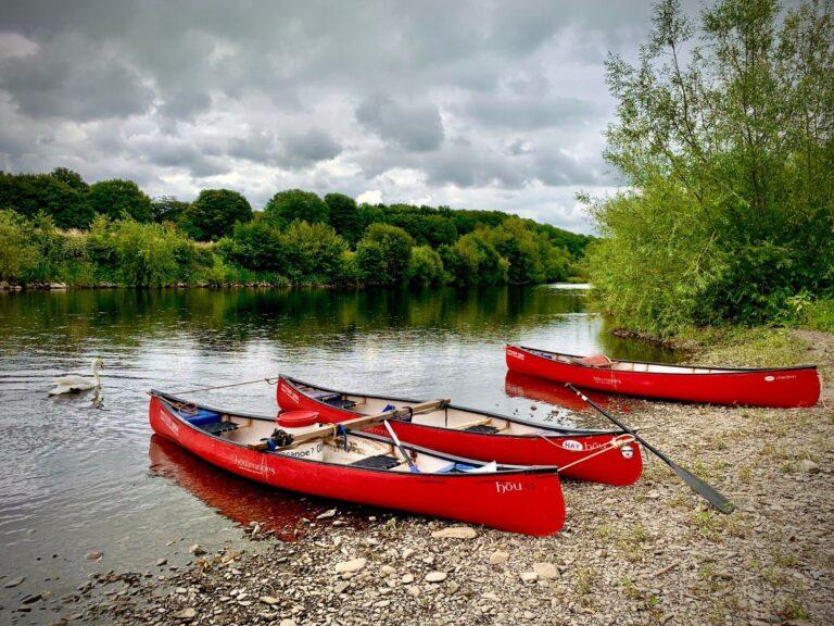 CANOEING OPEN CANOE HIRE WYE VALLEY RIVER WYE HAY ON WYE